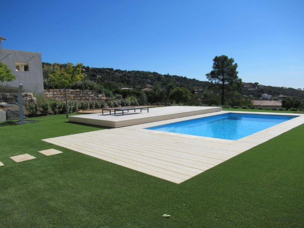 piscine coque celestine 8 alliance piscines dans le var. Black Bedroom Furniture Sets. Home Design Ideas