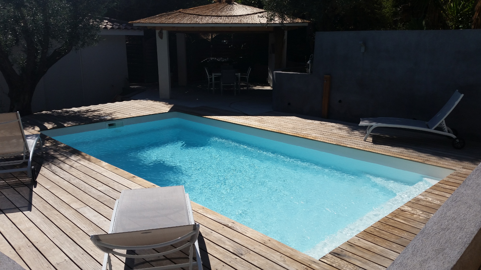 Installation de piscines cuers alliance piscines toulon for Piscine celestine 7